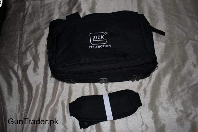 Glock AP60219 Four Pistol OEM Tactical Nylon Soft Range Bag